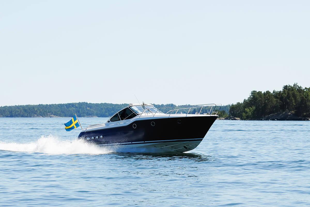 Båt värde 300 000 kr